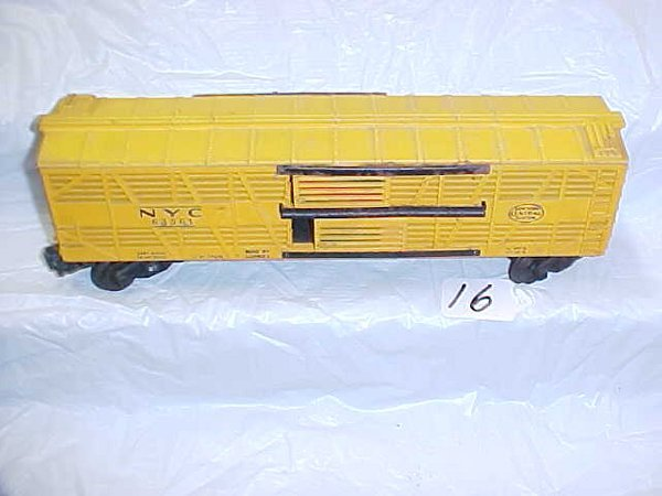 5016: Lionel 6356 NYC Stock Car