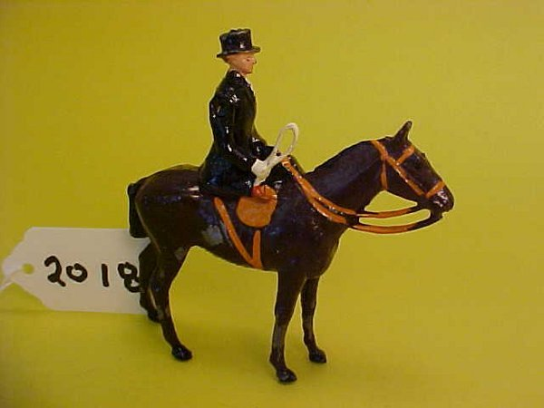 2018: Britains the meet mounted female, side saddle,bla