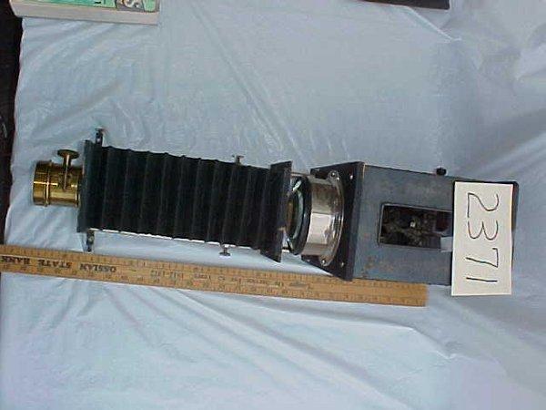 2371: Lantern Slide Projector
