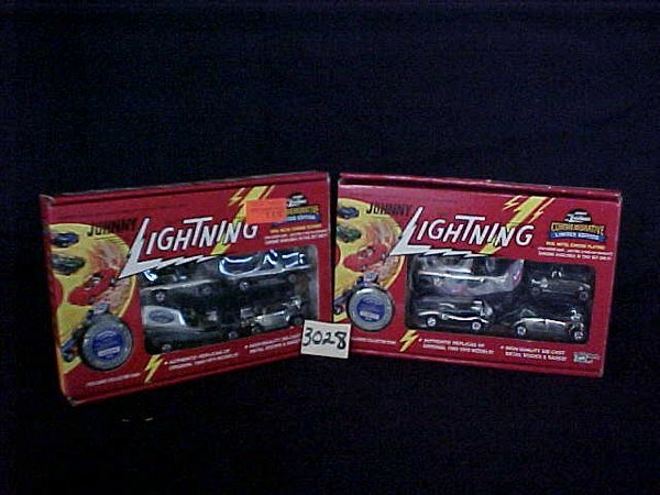 3028: Johnny Lightning Commemorative limited edition 4