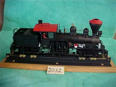 2032: Shay 2940 train engine with display plastic case