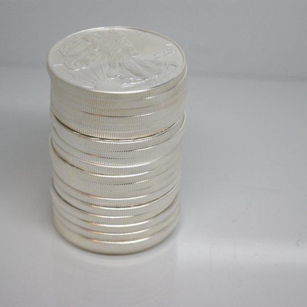 20-Coin Set American Silver Eagles - Unc