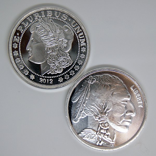2-Coin Set: Buffalo & Morgan .999 Silver Rounds