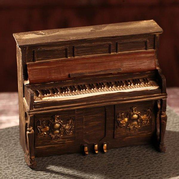 "Miniature Vintage Piano 6"""
