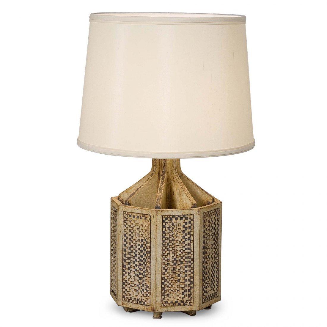 Capron Hex Lamp