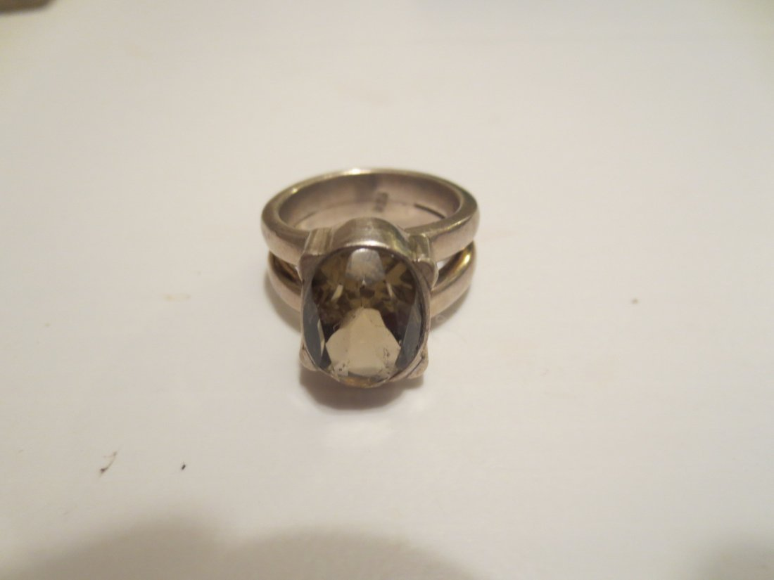 Sterling and quartz chunky ring