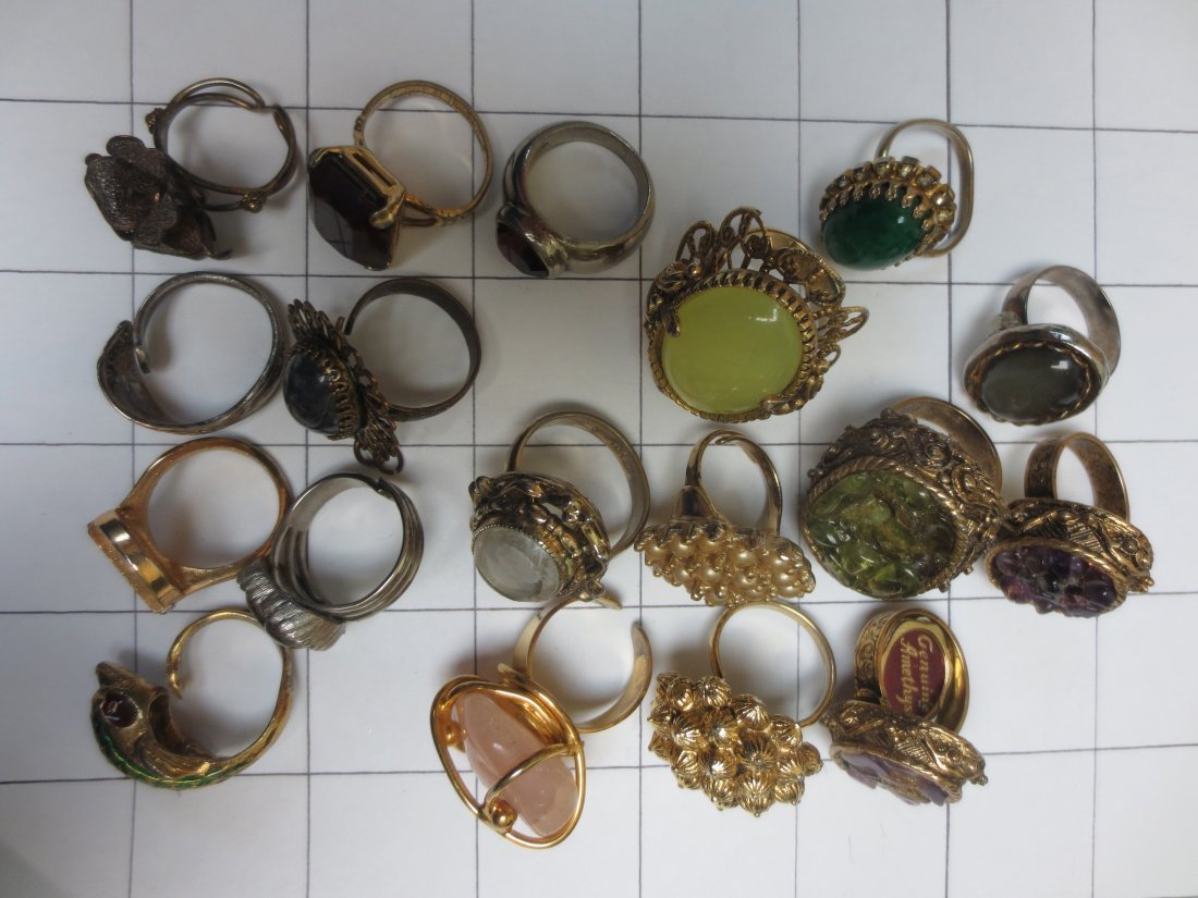 Vintage costume jewelry cocktail rings, intaglio, - 9