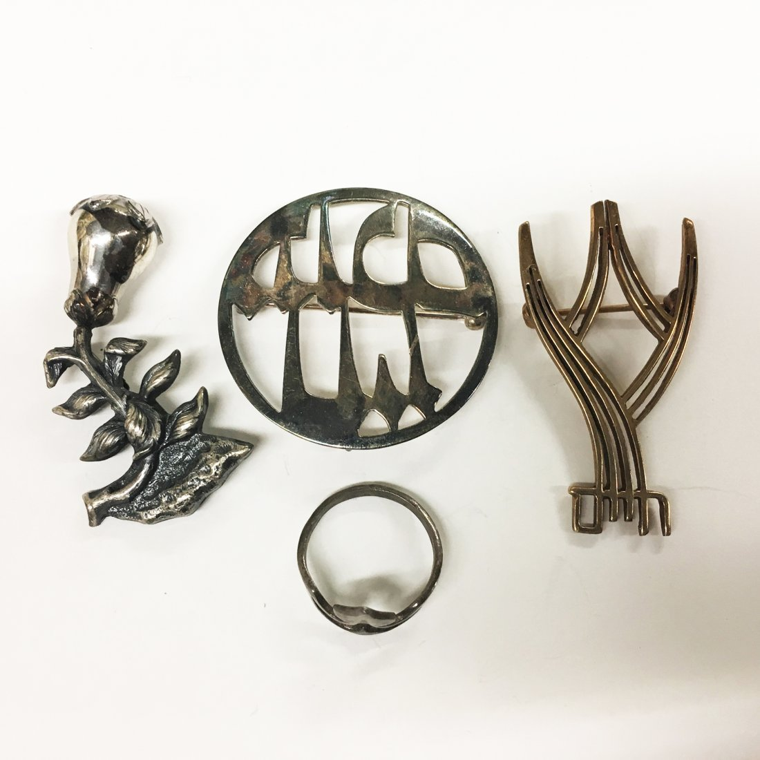 Sterling Silver Judaica lot, 3 pins, and ring