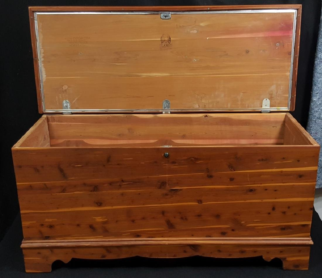 Lane Cedar Chest , Aroma Tested!! - 2