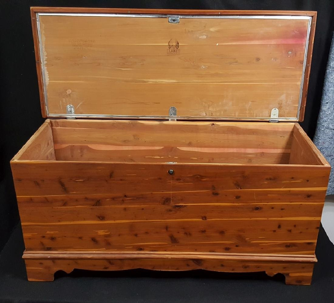 Lane Cedar Chest , Aroma Tested!! - 6