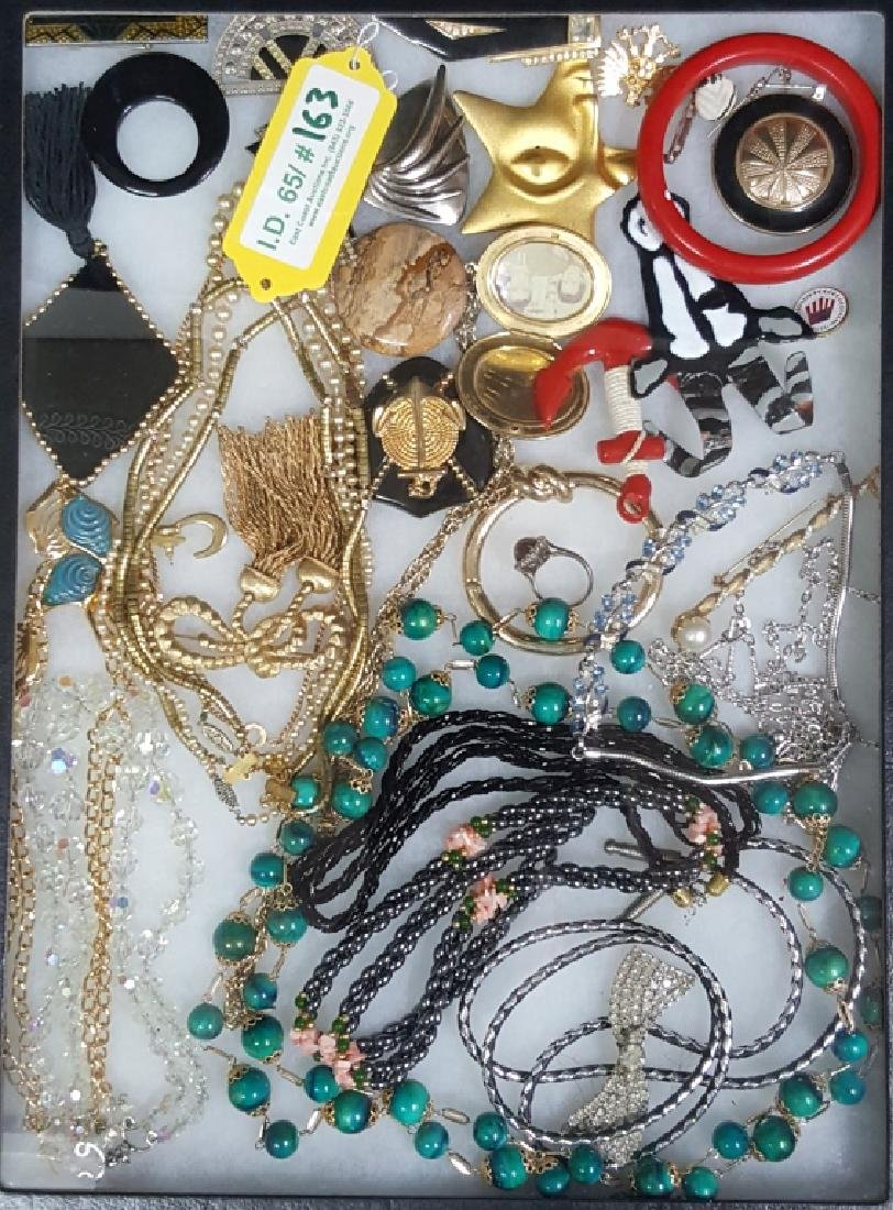 Quality Collection of Vintage Jewelry