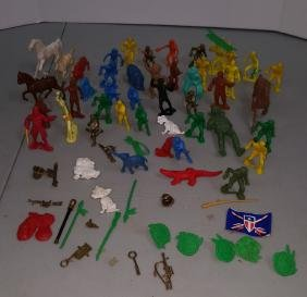 Collection of plastic soldiers
