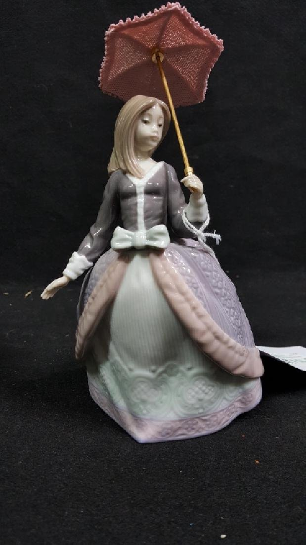 Lladro Figurine Of Angela Holding Umbrella 5211