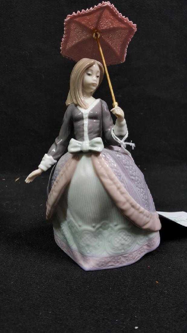Lladro Figurine Of Angela Holding Umbrella 5211