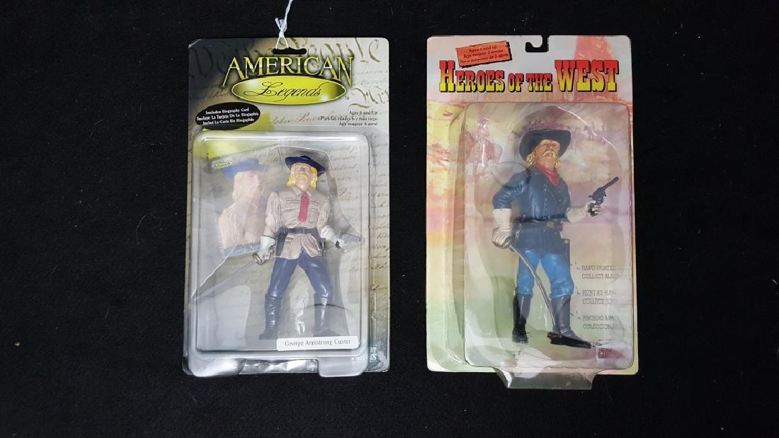 (2) Vintage General Custer Figures