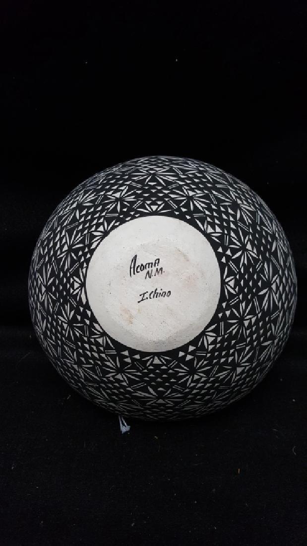 Acoma N.M. Signed I. Chino Pottery Vase - 2