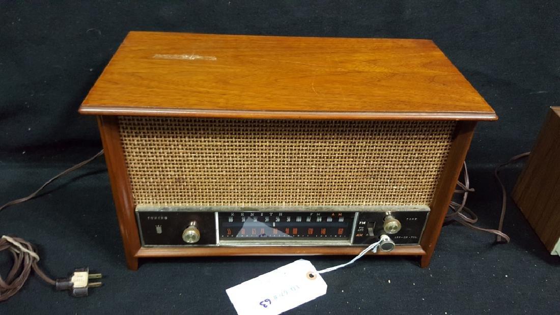 Zenith K731 FM / AM Radio