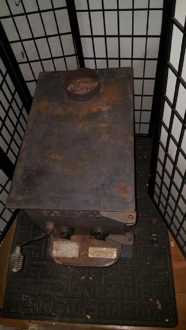 "Old Mill Cast Iron Wood Burning 24"" Log Stove - 6"