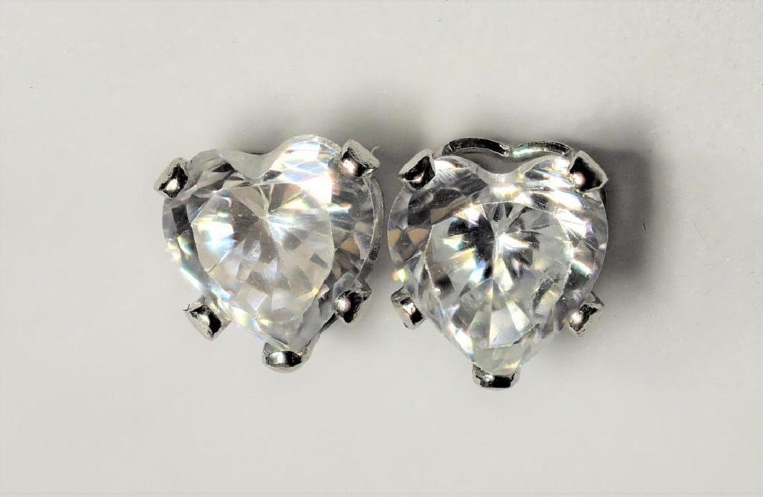 14kt Gold Heart Shaped Cz Earrings