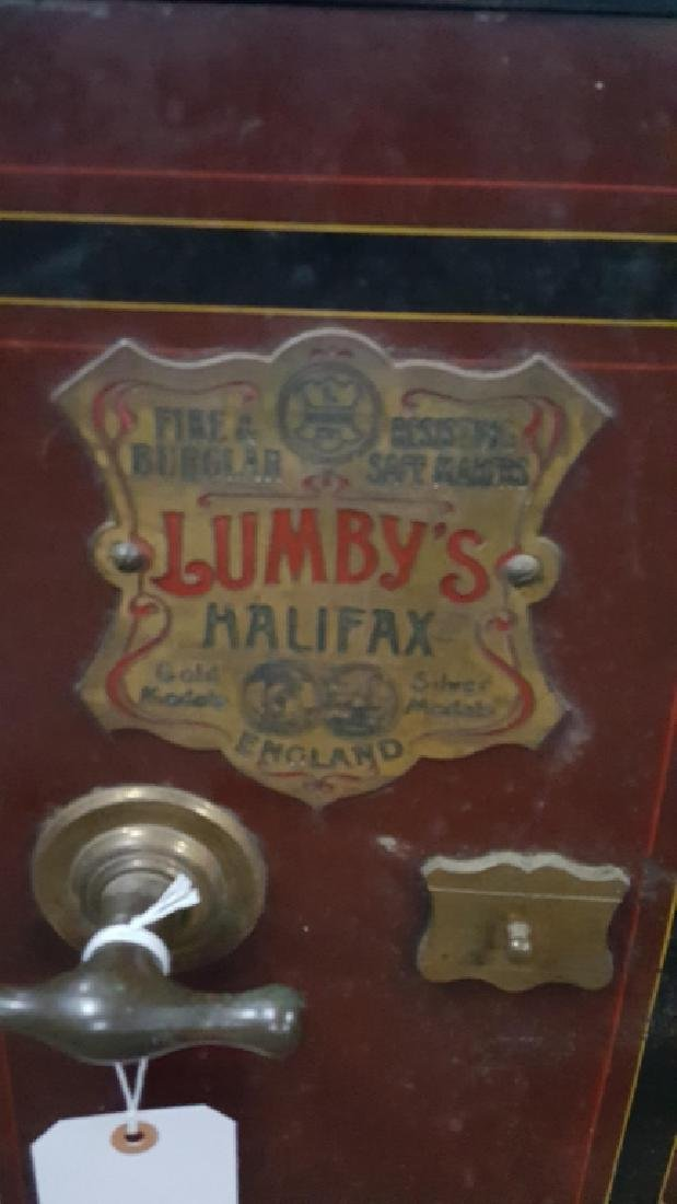 Victorian safe by Lumby of Halifax Great condition - 2