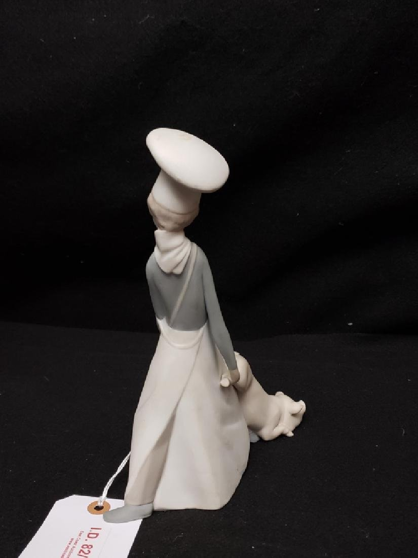 Retired Lladro Cook in Trouble Porcelain Figurine - 2