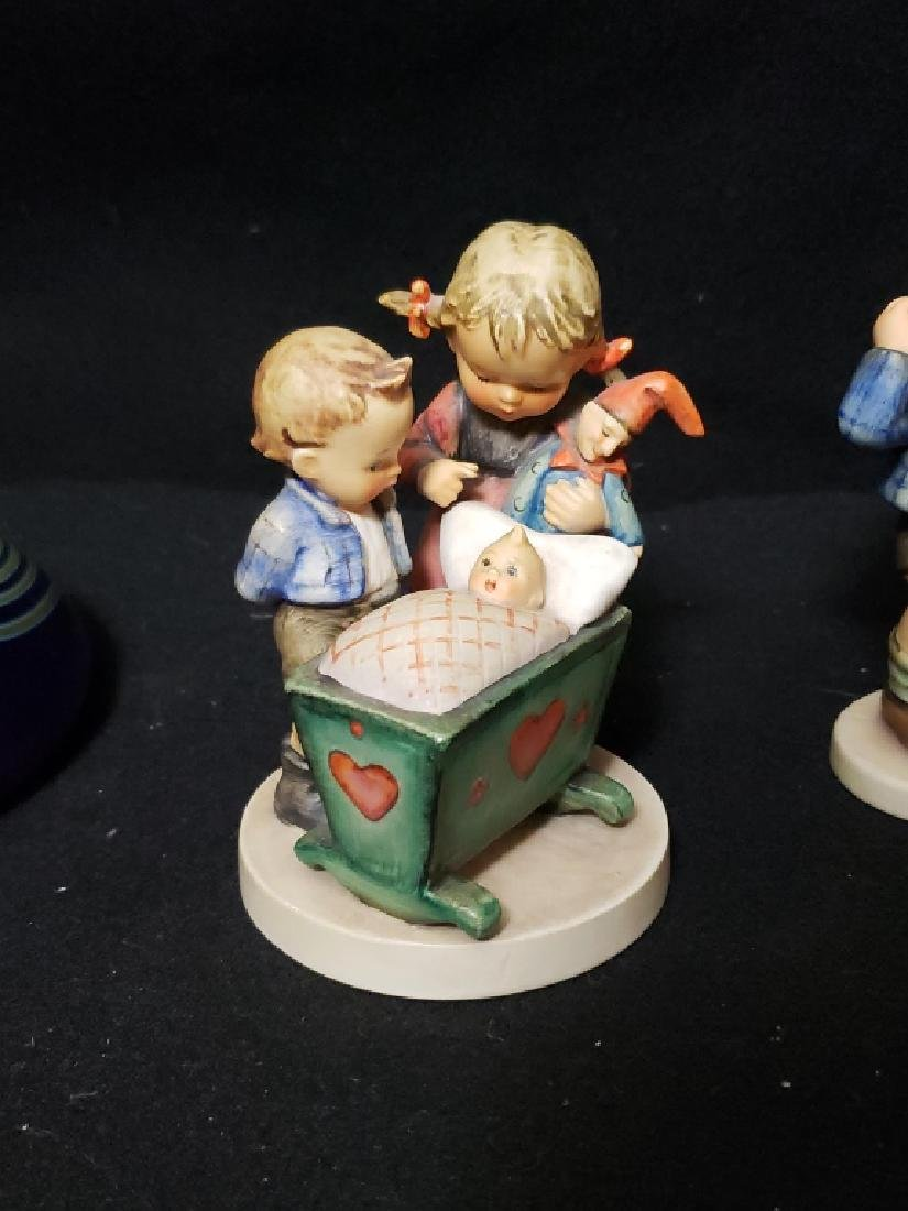 4 Estate Fresh Hummel Figures - 2