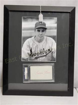 Brooklyn Dodgers Pee Wee Reese PSA Sig & Photo