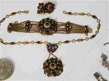 Incredible Hobe Jewelry Suite 3 Pcs
