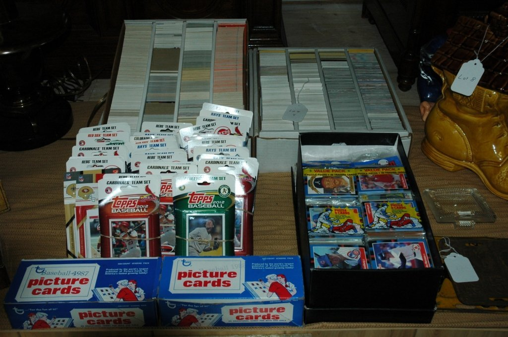 5 boxes of un-opened baseball cards