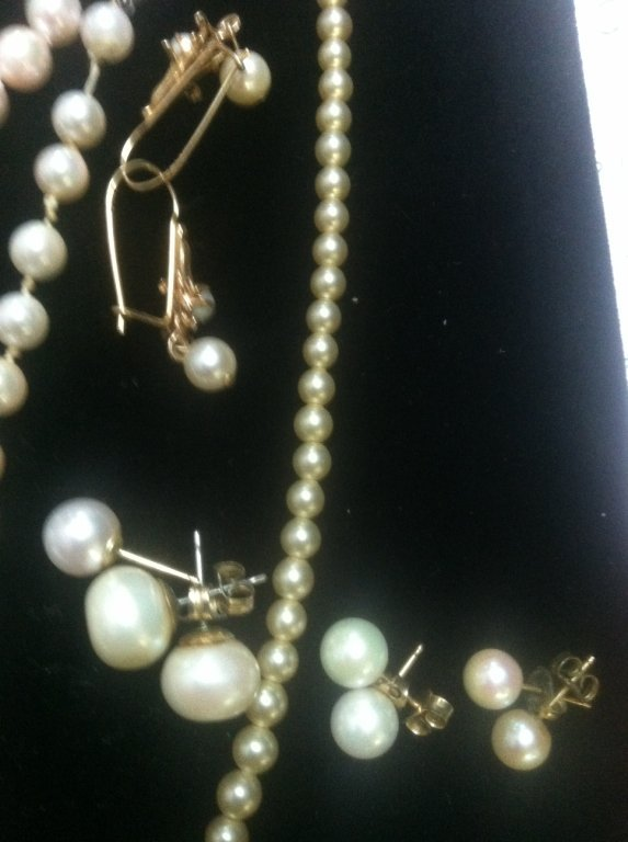 Pearl & Gold Jewelry lot - 5