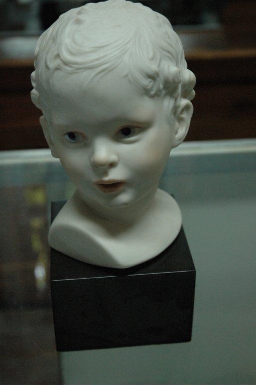 Cybus porcelain