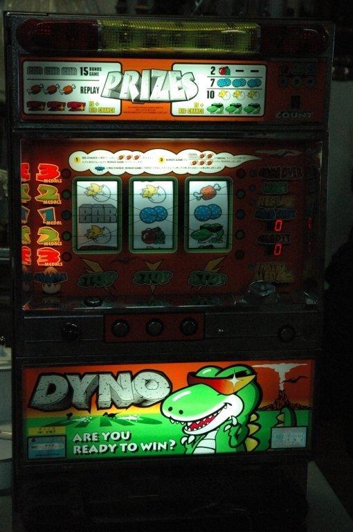"Grandview "" Dyno "" Pachinko token slot machine"