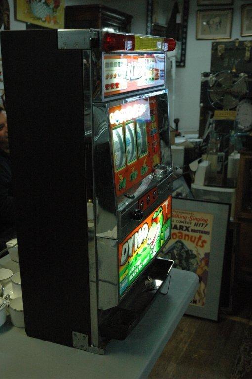 "Grandview "" Dyno "" Pachinko token slot machine - 6"