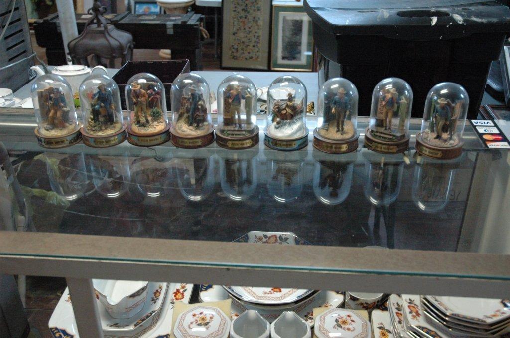 Franklin Mint John Wayne 9 piece collection