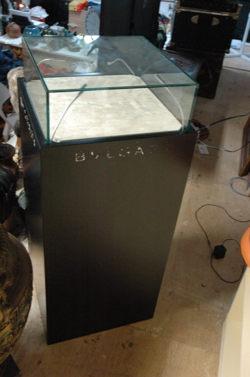 lighted jewelry Display cabinet