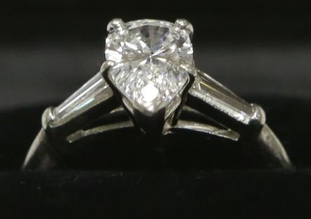 Platinum 1.55ct VS Quality E-F Color Diamond Engagement