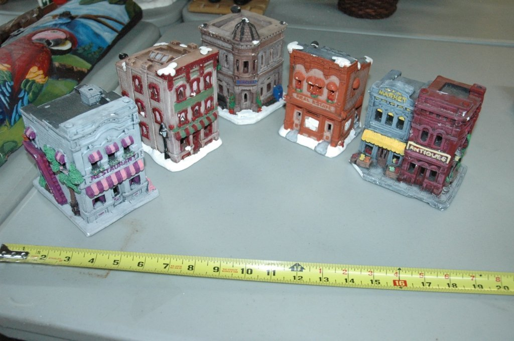 5 Piece Christmas village