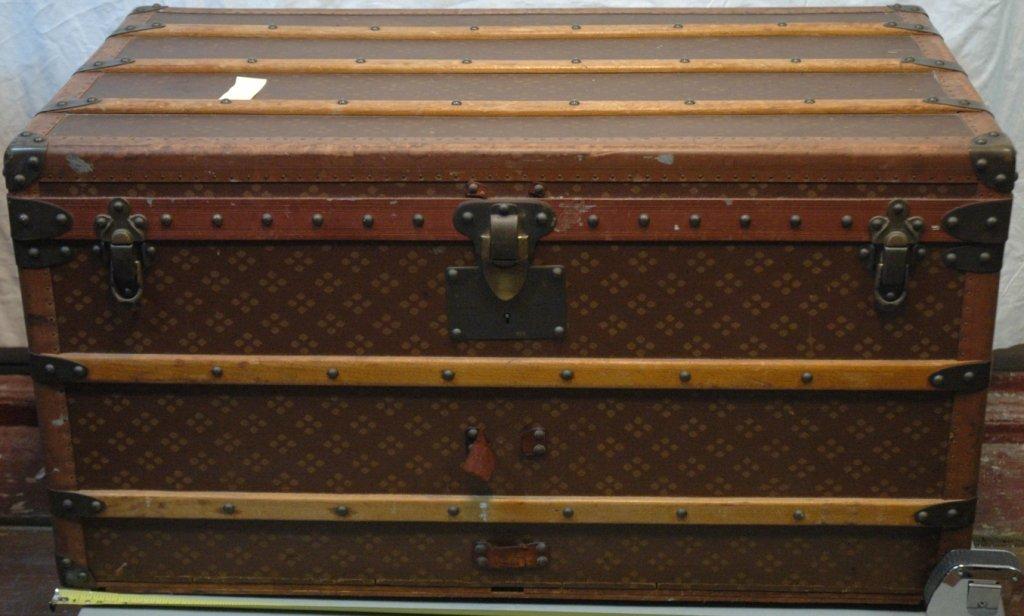 Aux Etats Unis Steamer trunk