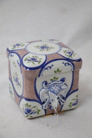 A Tiffany & Co. Porcelain box