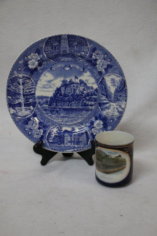 Souvenir porcelain lot