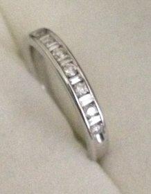 14kt gold & diamond band ring