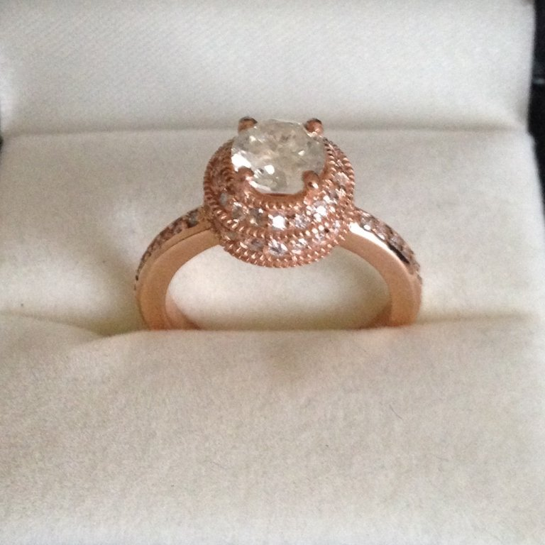 14 kt gold & AGI G color S12-S13 clarity diamond r