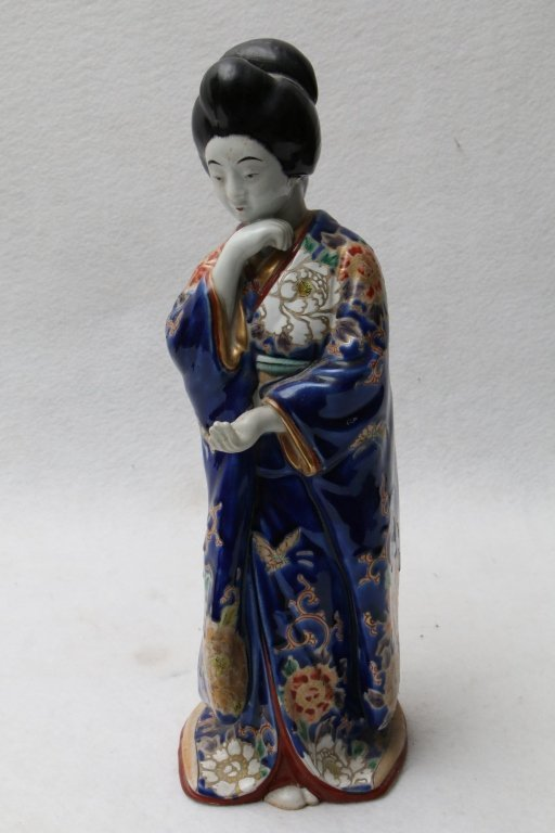 An antique Chinese pottery figure