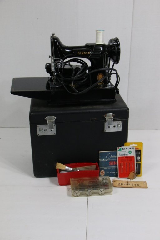 Antique Travel Singer Sewing Machine