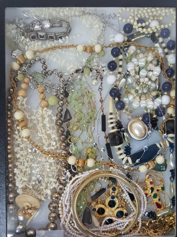 A Large lot of costume jewelry necklaces