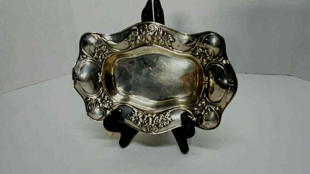 19C Robert Wallace & Sons Sterling Floral Bowl