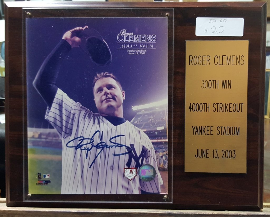 NY Yankees Roger Clemens Signed Photo, 300th Win