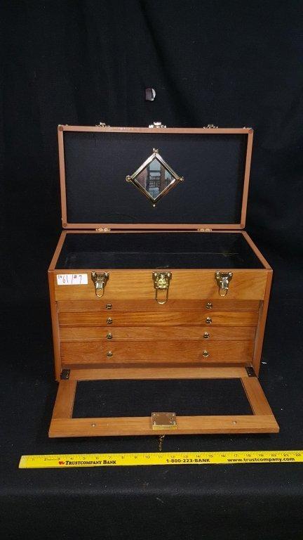 4-Drawer-Vintage Locking Jewelry / Collectors Case - 3