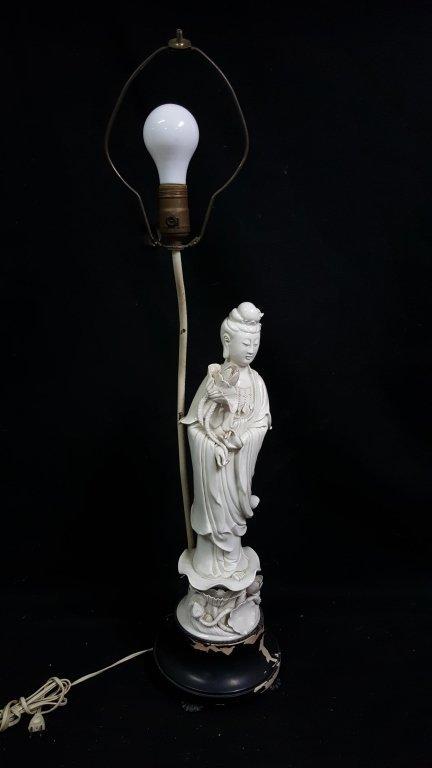 An Antique Chinese Blanc De Chine Statue Kwan Yin - 2
