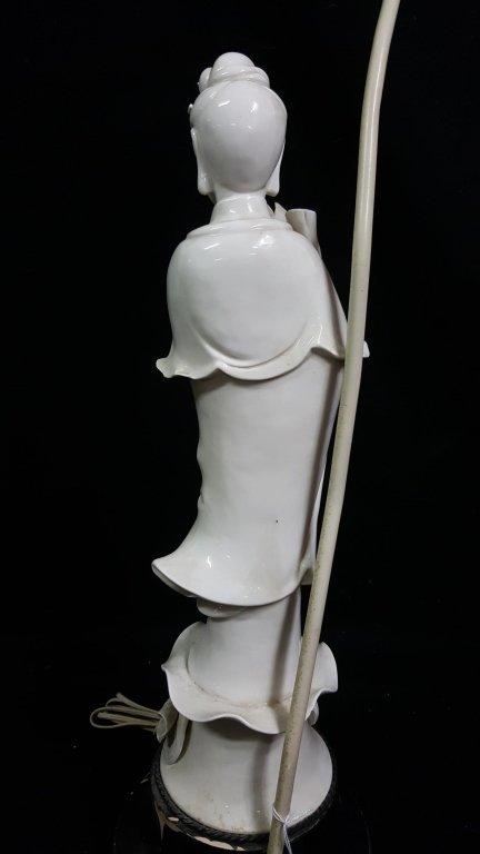 An Antique Chinese Blanc De Chine Statue Kwan Yin - 4